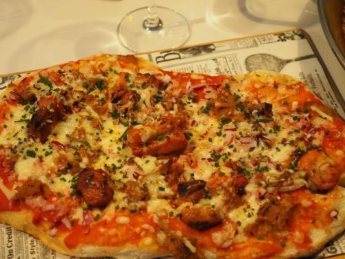 COCA-PIZZA DE COSTILLA BRASEADA BBQ
